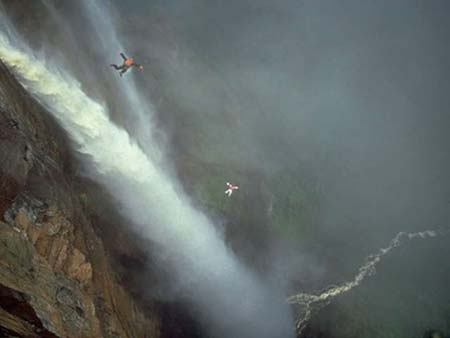 Extreme Sports Base Jumping